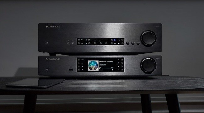 Cambridge Audio CXN V2 in Schwarz